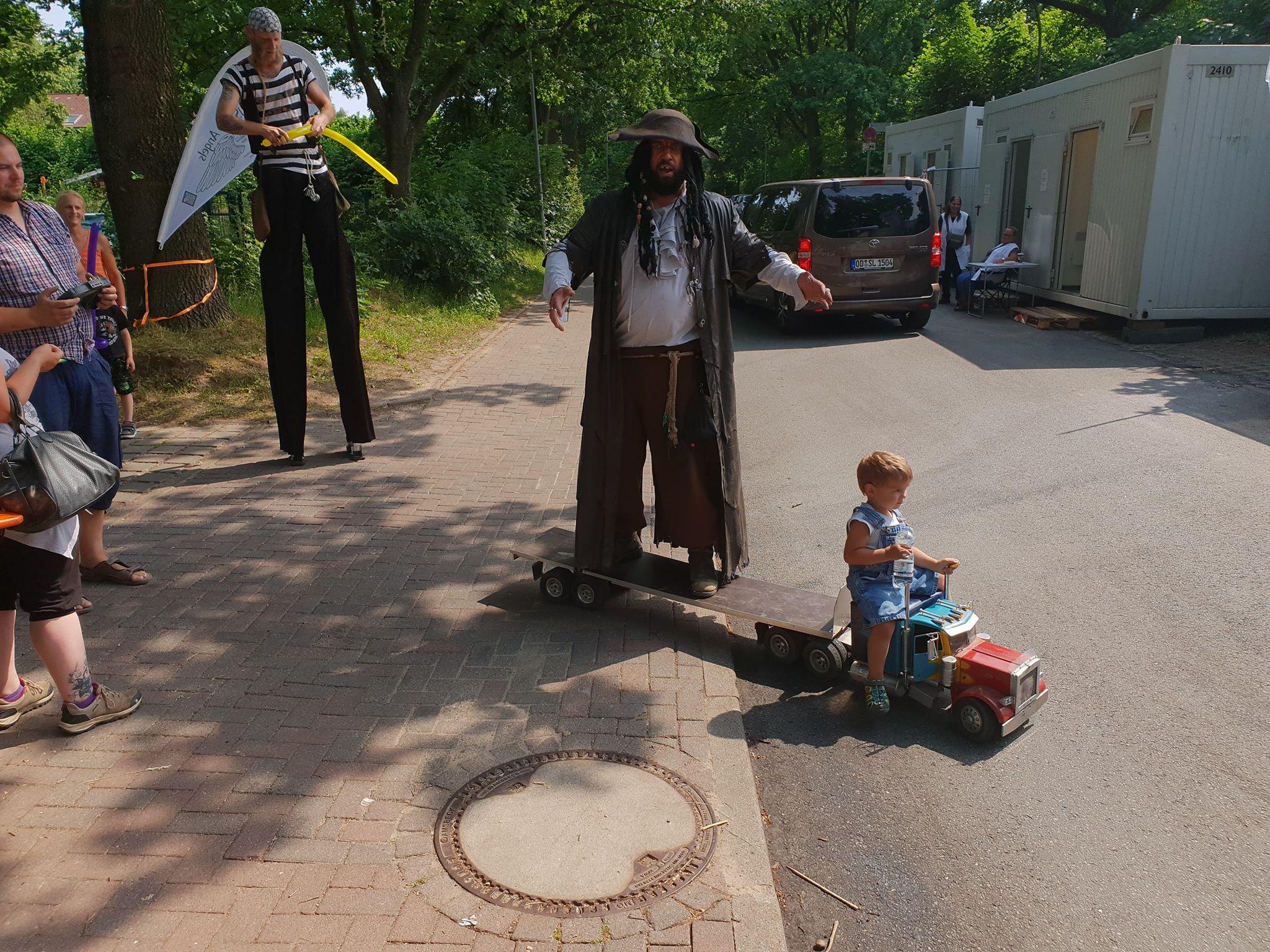 Captain Schwarzbart entert den Mini Truck