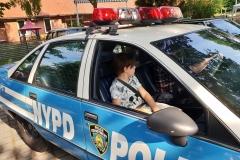 Für ein Geburtstagskind ging ein Traum in Erfüllung. Eine Fahrt in einem echten, New Yorker Police Car